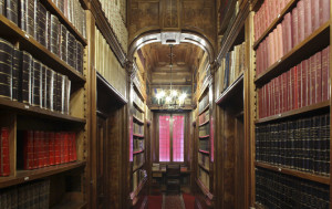 SanMicheleBosco corridoio biblioteca